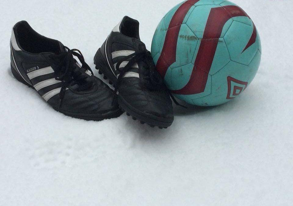 Schneefall führt zu Spielausfällen